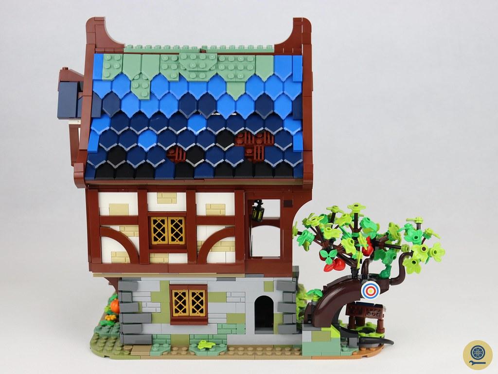 21325 Medieval Blacksmith 11