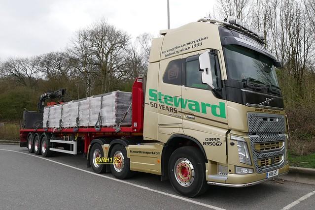 Volvo FH500 - Clacket Lane