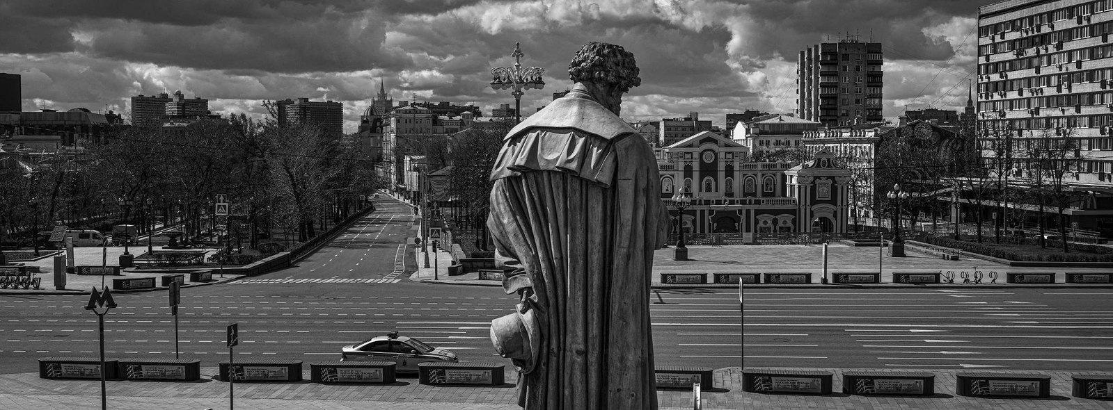 Памятник Александру Пушкину, Пушкинская площадь, Тверской бульвар