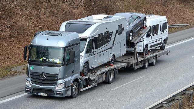 SLO - Mercedes-Benz Actros StreamSpace