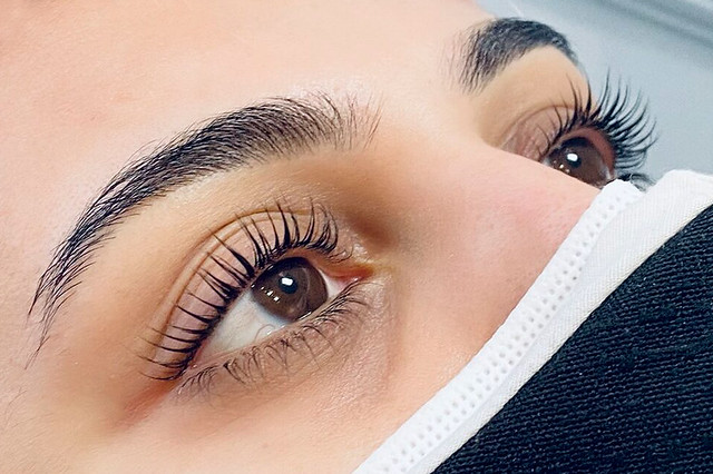 What Is Lash Lift? Cost, Process & How Long It Last