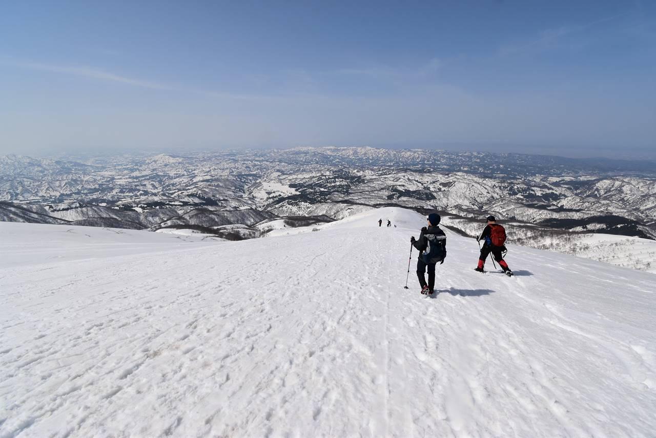 【新潟】雪の守門岳・大岳から下山
