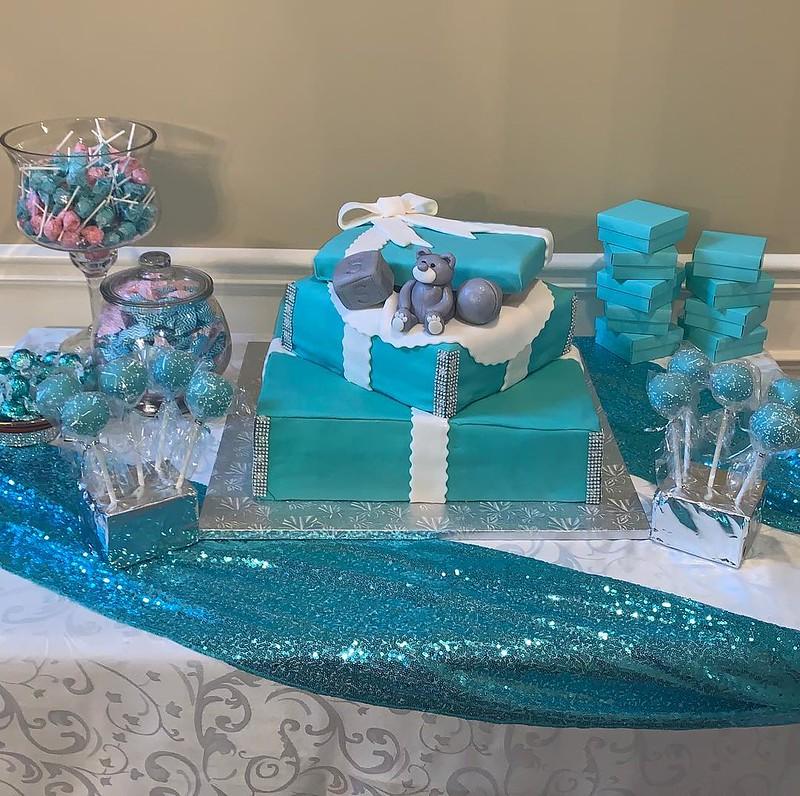 Cake by Trina's Divine Cakes & Treats