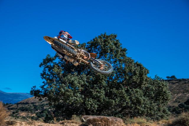DB1_0613L Motocross