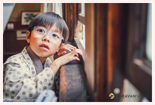 5歳の男の子の七五三 眼鏡スタイル ロケーションフォト