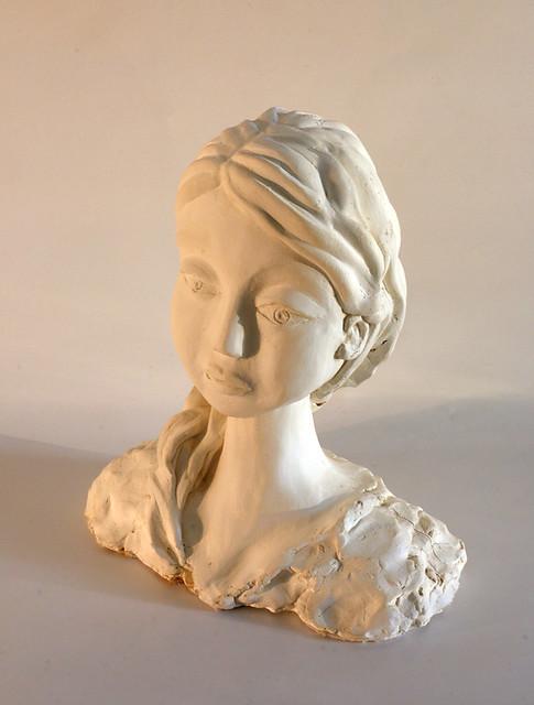 פיסול דיוקן רחל פרנק הפסלת האמנית הישראלית העכשווית המודרנית היוצרת