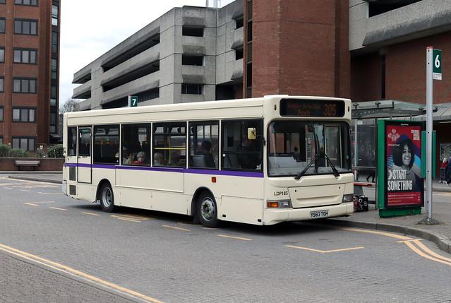 Route 305, Bear Buses, LDP183, Y983TGH