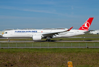 F-WZFZ / TC-LGE Airbus A350-941 Turkish Airlines s/n 454 * Toulouse Blagnac 2021 *