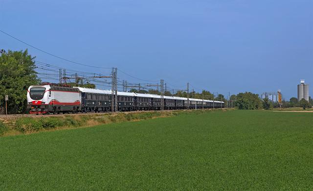 FS E402B 138