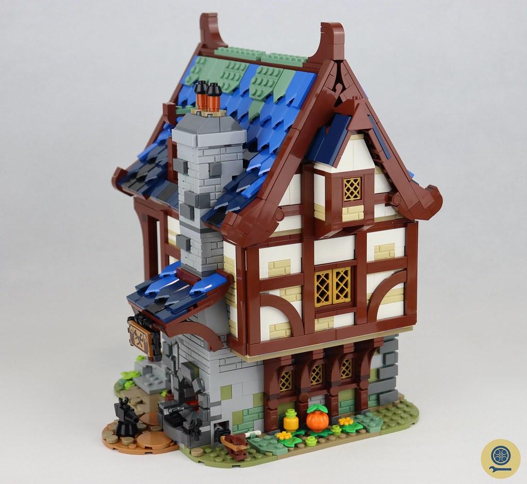 21325 Medieval Blacksmith 10
