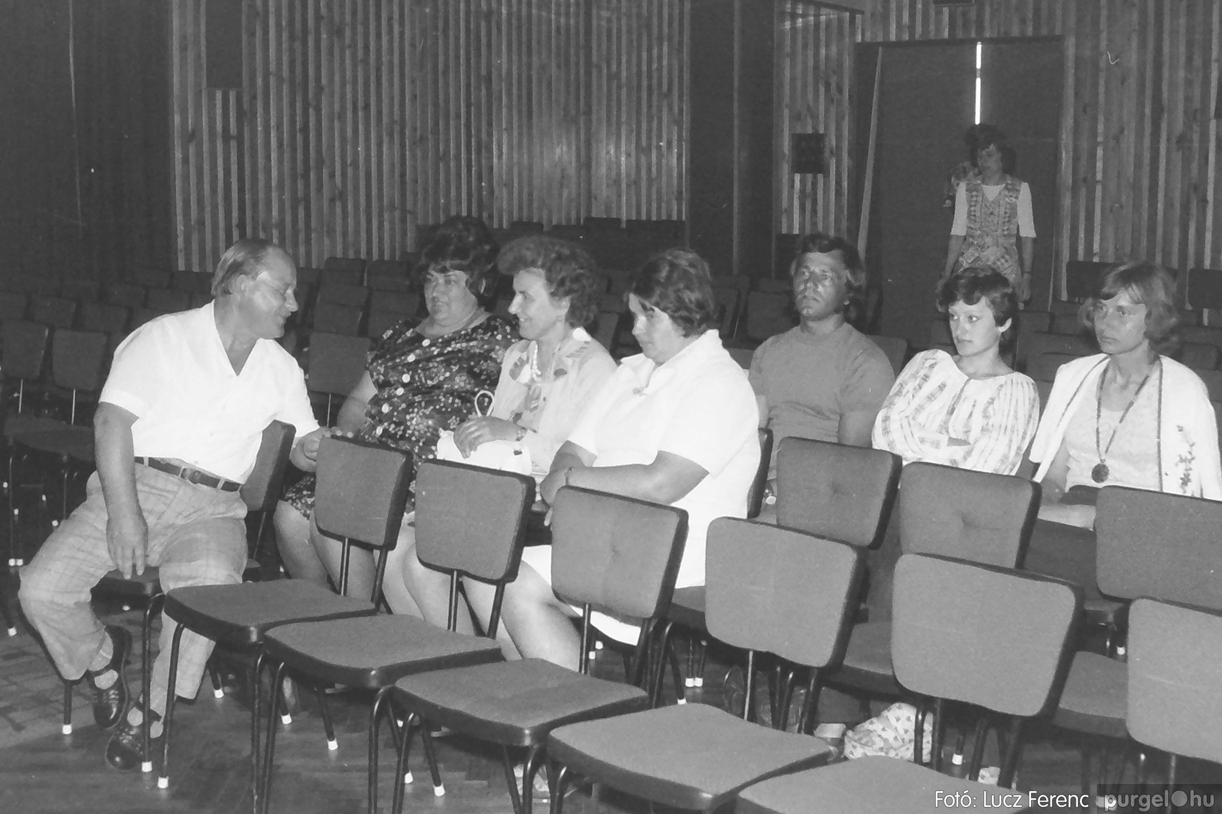081. 1977. Kendergyári dolgozók vetélkedője 006. - Fotó: Lucz Ferenc.jpg