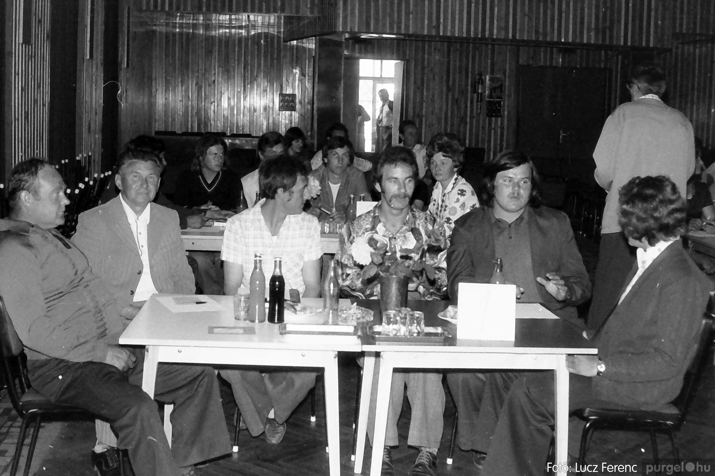 081. 1977. Kendergyári dolgozók vetélkedője 001. - Fotó: Lucz Ferenc.jpg