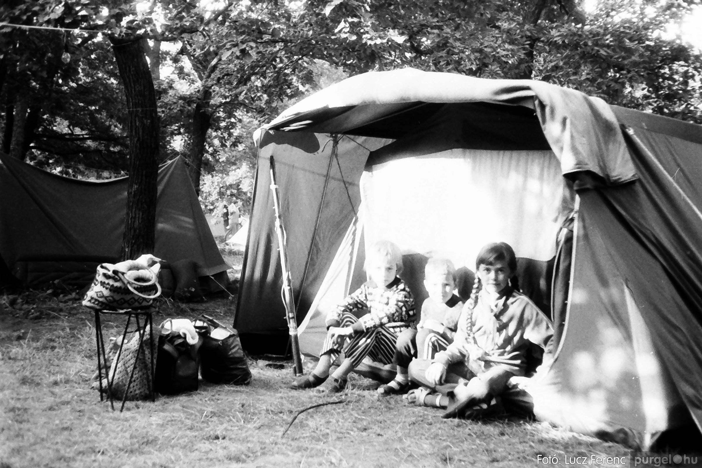 086, 088. 1977. Nyári tábor a Mátrában 064. - Fotó: Lucz Ferenc.jpg