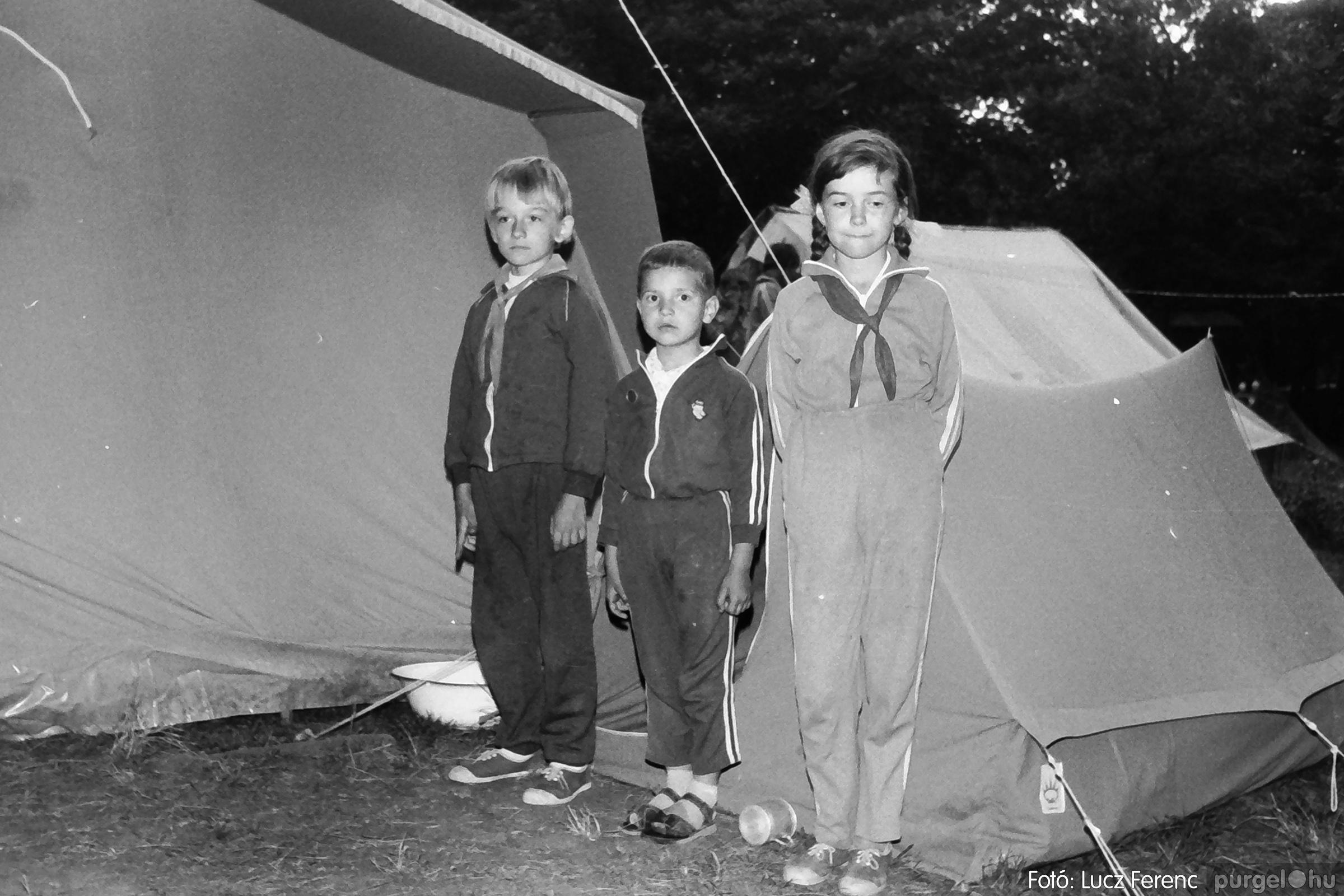 086, 088. 1977. Nyári tábor a Mátrában 050. - Fotó: Lucz Ferenc.jpg