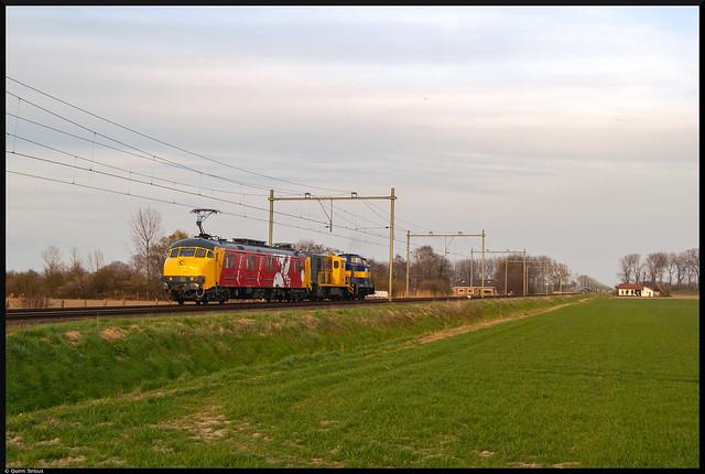Stichting 2454 CREW MP3029 + 2454 + RXP V60 onderweg naar Sloe, 8 april 2021