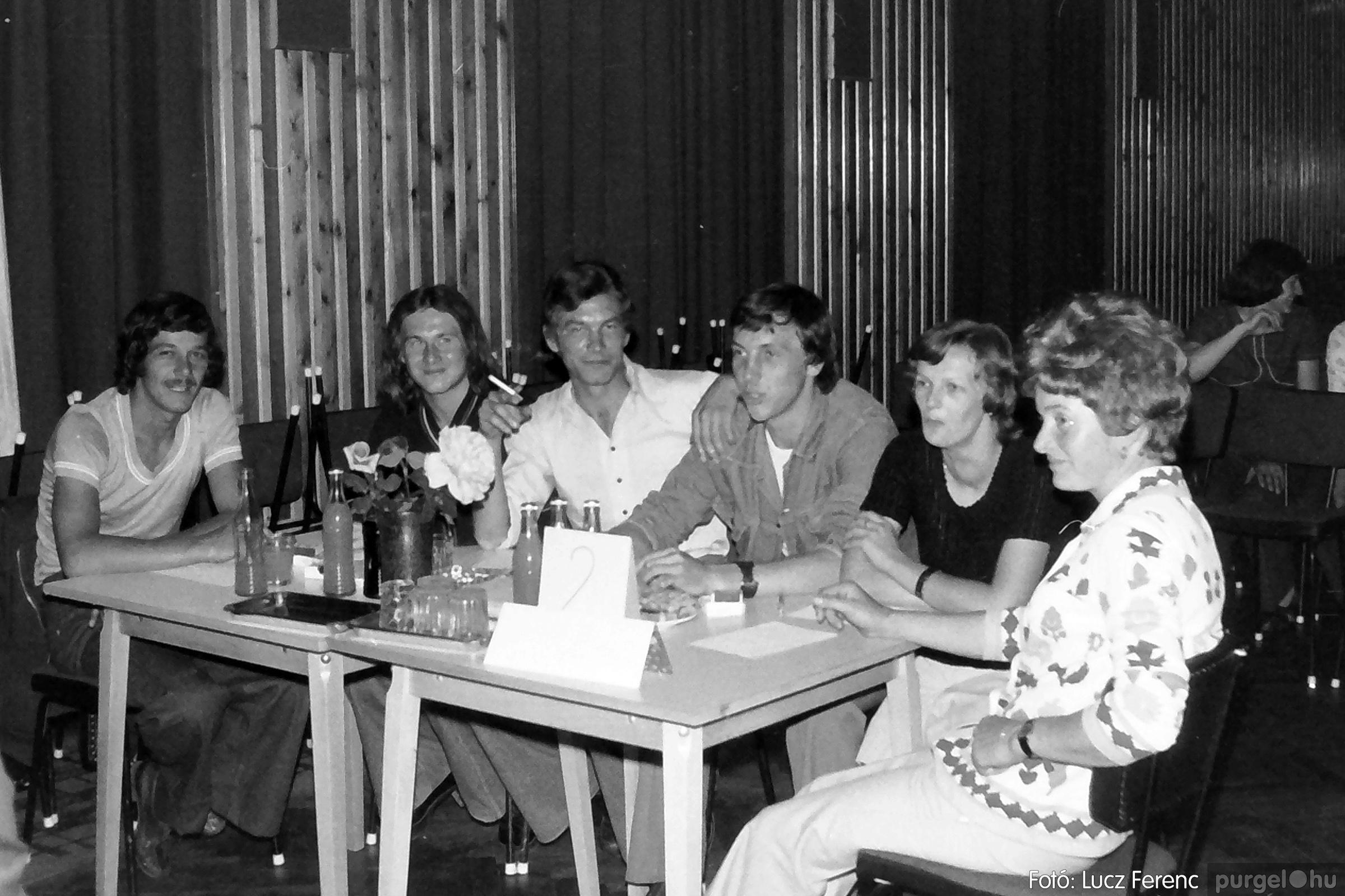 081. 1977. Kendergyári dolgozók vetélkedője 005. - Fotó: Lucz Ferenc.jpg