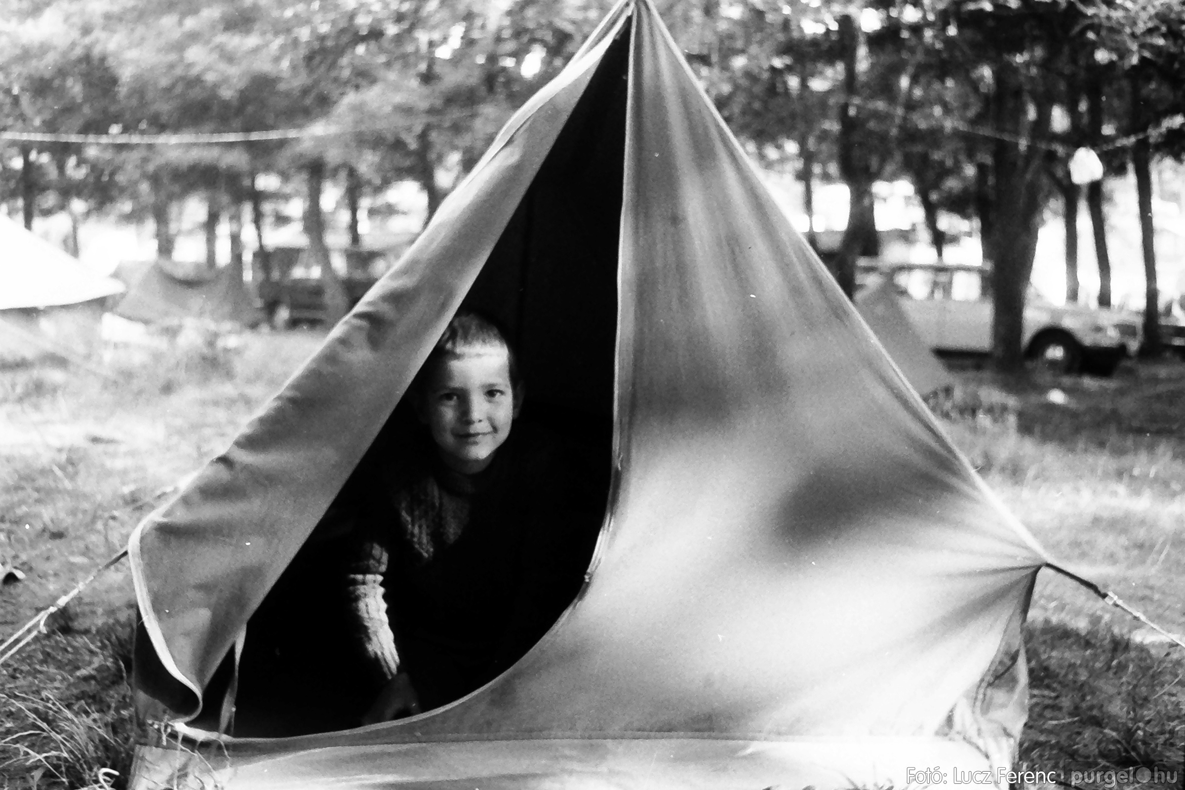086, 088. 1977. Nyári tábor a Mátrában 066. - Fotó: Lucz Ferenc.jpg
