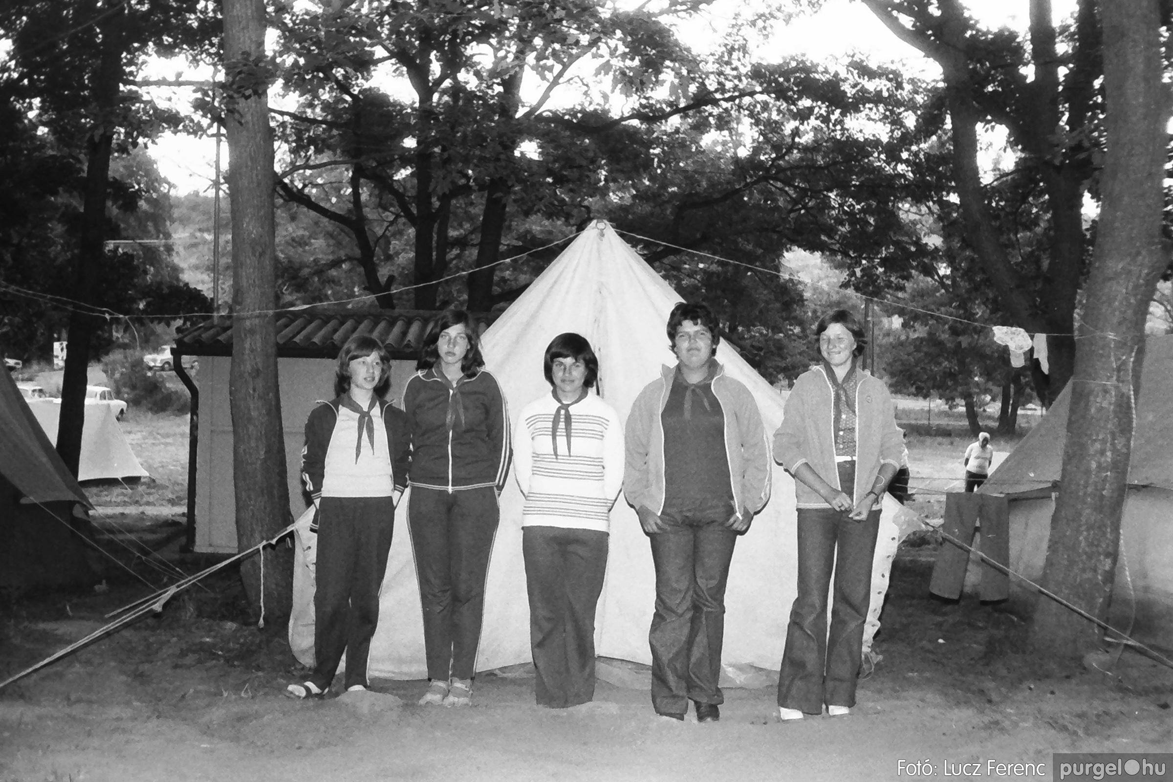 086, 088. 1977. Nyári tábor a Mátrában 047. - Fotó: Lucz Ferenc.jpg