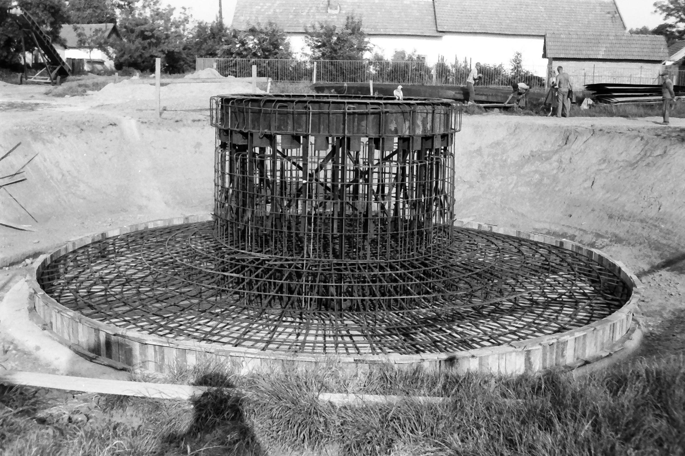 082. 1978. Épül a víztorony 003. - Fotó: Lucz Ferenc.jpg