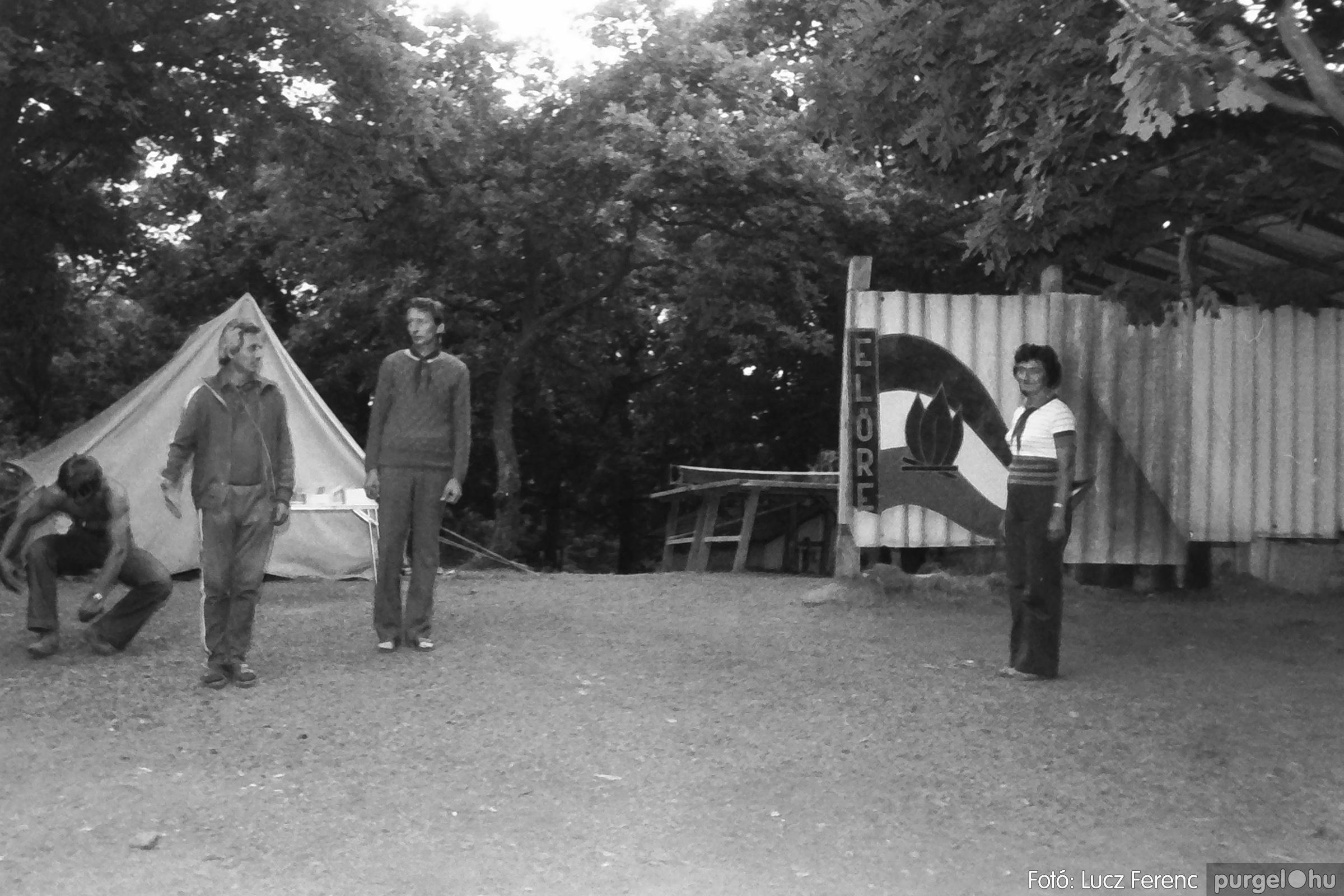 086, 088. 1977. Nyári tábor a Mátrában 048. - Fotó: Lucz Ferenc.jpg