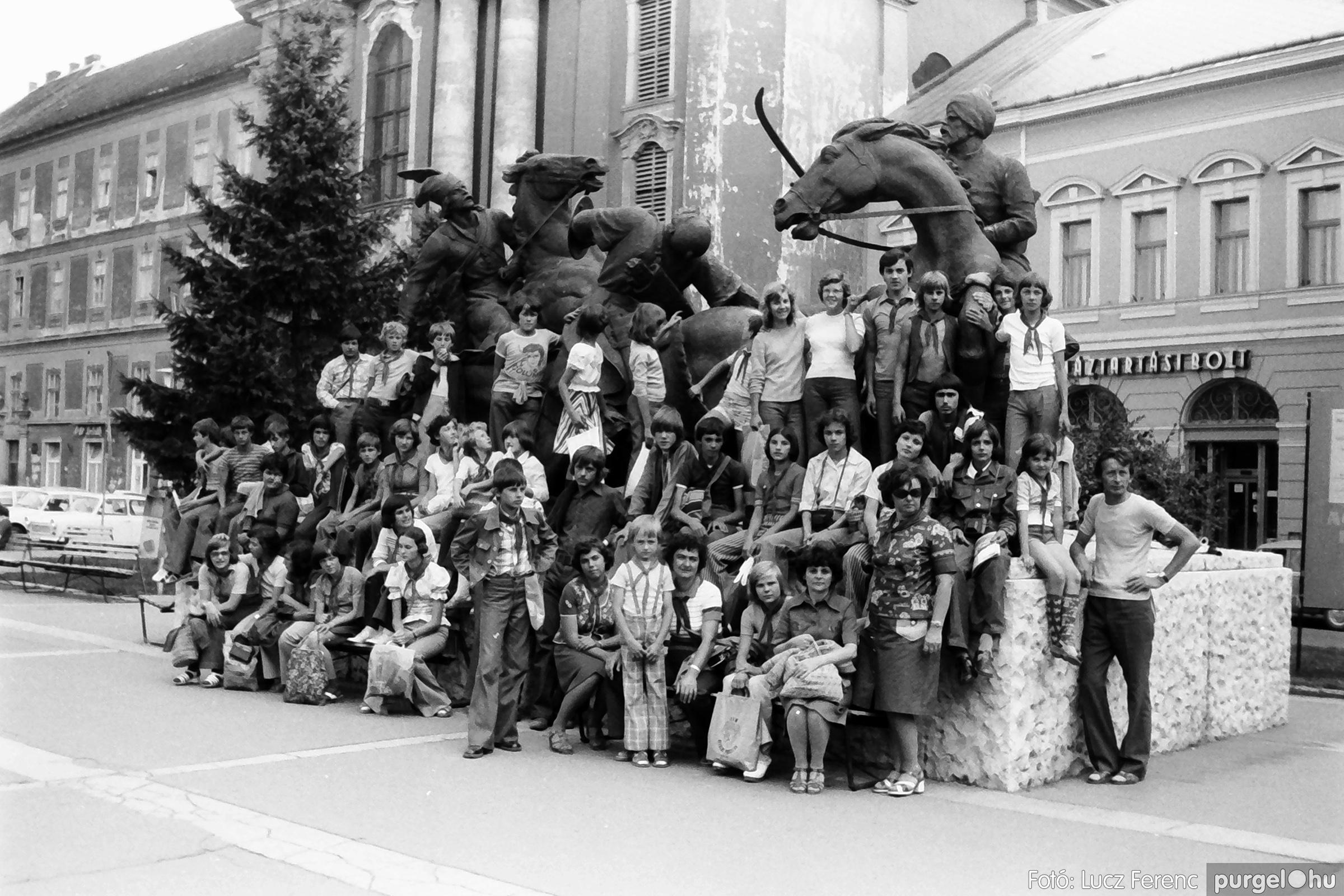086, 088. 1977. Nyári tábor a Mátrában 032. - Fotó: Lucz Ferenc.jpg