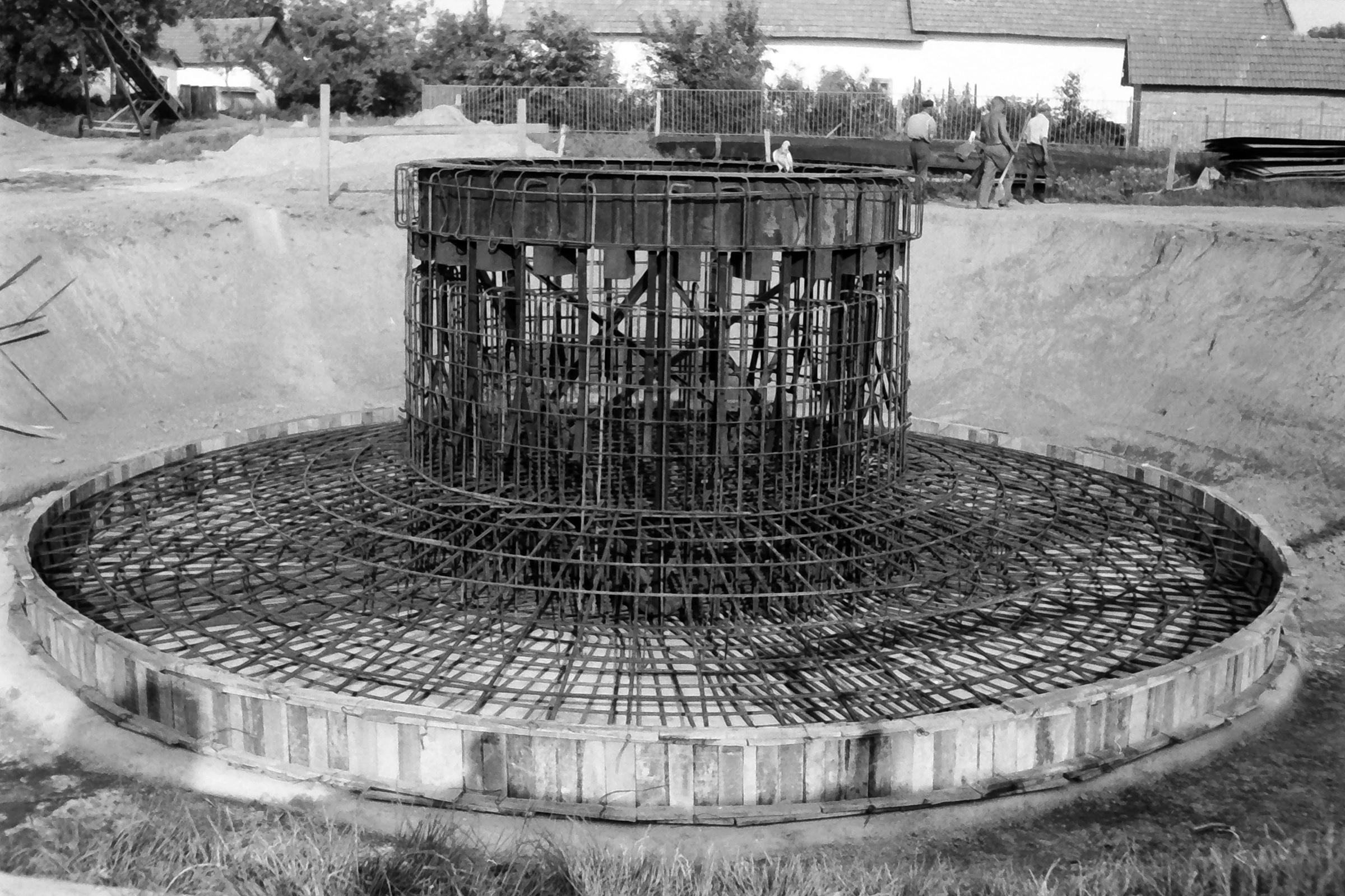 082. 1978. Épül a víztorony 002. - Fotó: Lucz Ferenc.jpg