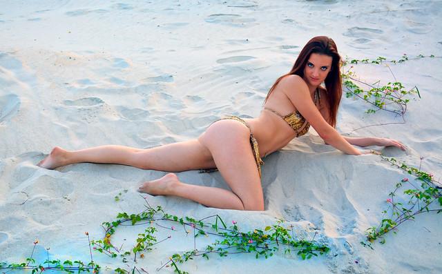Jessie Bikini