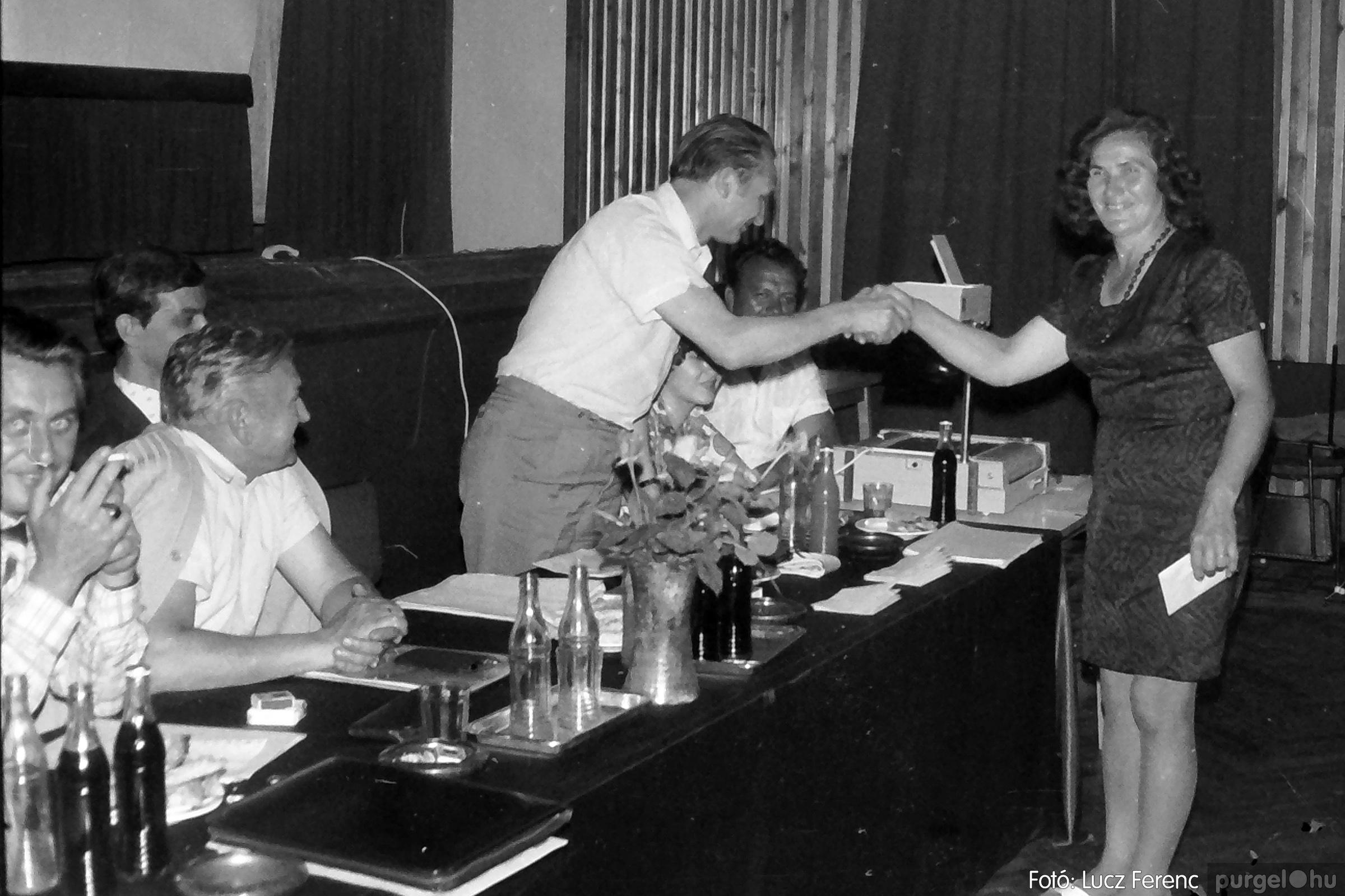 081. 1977. Kendergyári dolgozók vetélkedője 017. - Fotó: Lucz Ferenc.jpg