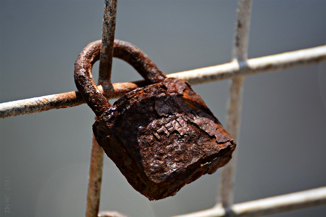 Lifetime Rusty / Very Old Rusty Love Lock Padlock
