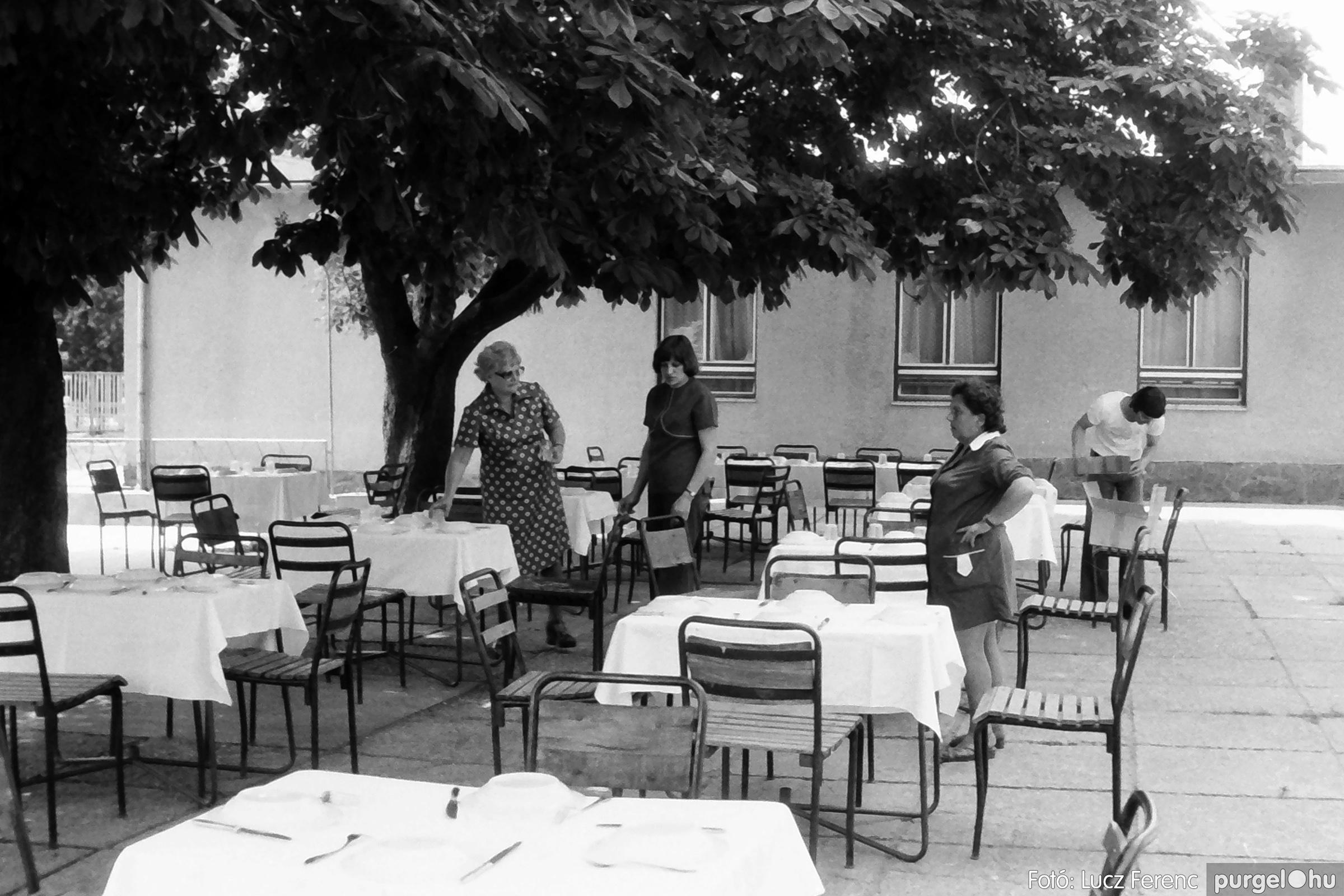 081. 1977. Kendergyári dolgozók vetélkedője 015. - Fotó: Lucz Ferenc.jpg