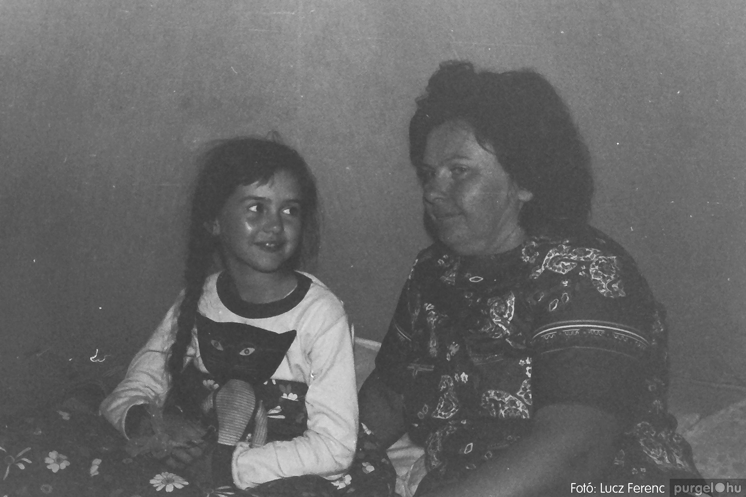 086, 088. 1977. Nyári tábor a Mátrában 062. - Fotó: Lucz Ferenc.jpg