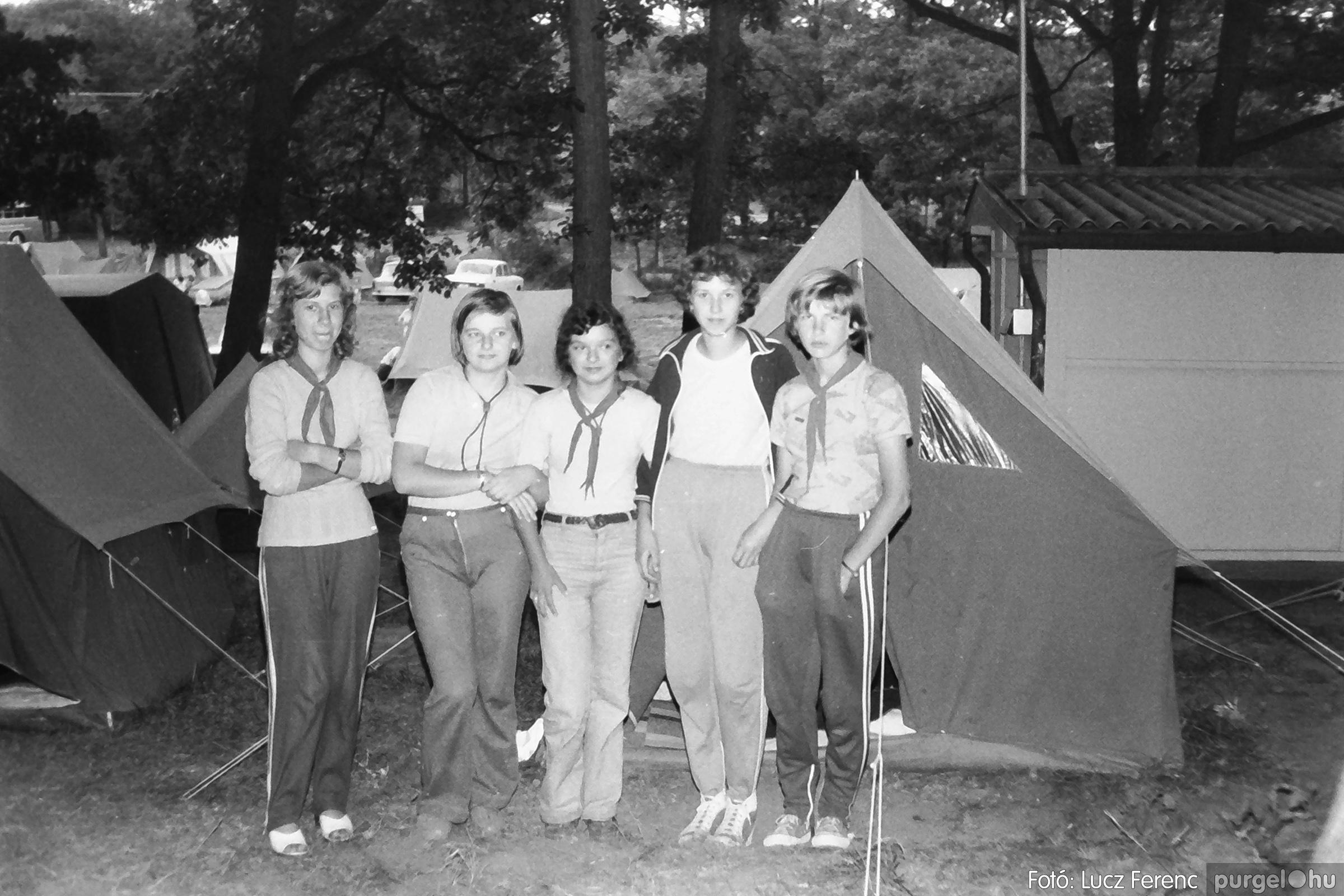 086, 088. 1977. Nyári tábor a Mátrában 052. - Fotó: Lucz Ferenc.jpg