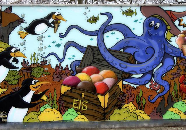 Jeder liebt Eiscreme / Graffiti bei Dresden