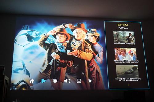 """Startbildschirm der Blu-Ray mit dem 80er-Jahre Film """"Zurück in die Zukunft 3"""""""