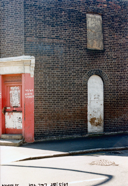 Doorway, 43, 45, North St, Clapham, Lambeth, 1989,