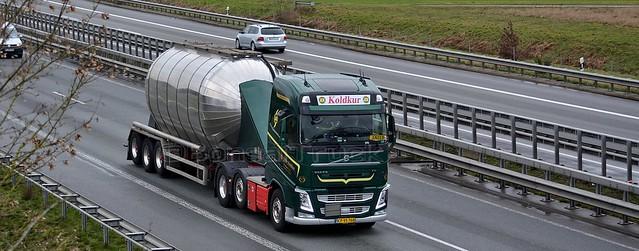 DK - J. Chr. Koldkur >108< Volvo FH 500 GL04