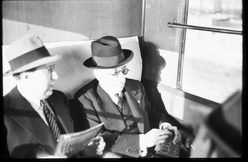 Gil Robles y Alcalá-Zamora en la inauguración del Automotor Madrid-Toledo en 1935. Fotografía de Santos Yubero © Archivo Regional de la Comunidad de Madrid, fondo fotográfico signatura 033378_002
