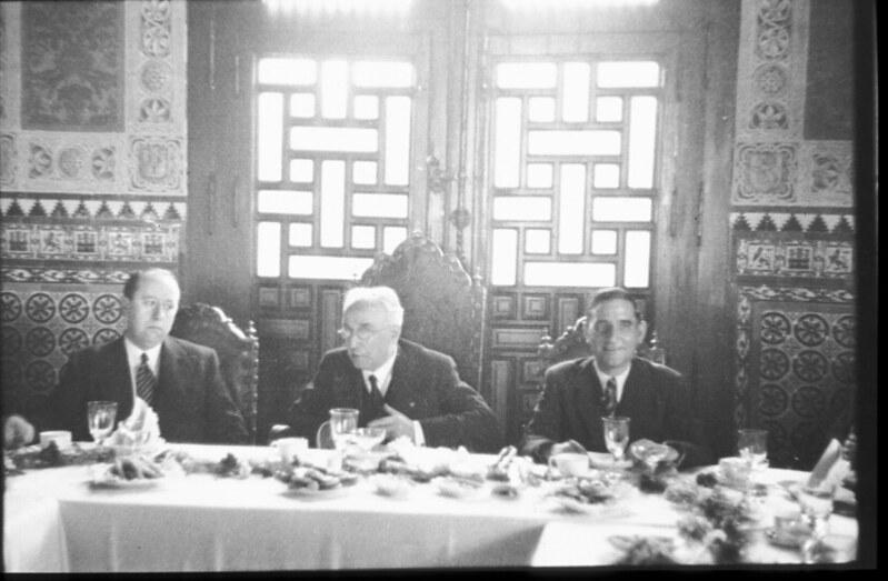 Gil Robles y Alcalá Zamora en la inauguración del Automotor Madrid-Toledo en 1935. Fotografía de Santos Yubero © Archivo Regional de la Comunidad de Madrid, fondo fotográfico signatura 033378_010