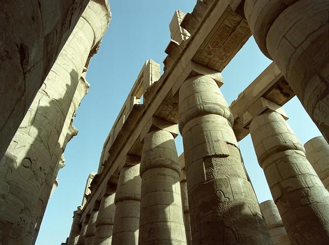Luxor  (Pentax 645Nii / MF Portra 160)