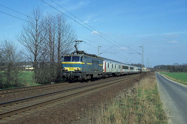 HLE 1606 + D 426 (Köln Hbf 14:14 - Oostende 18:09), Sindorf, 07/03/1997