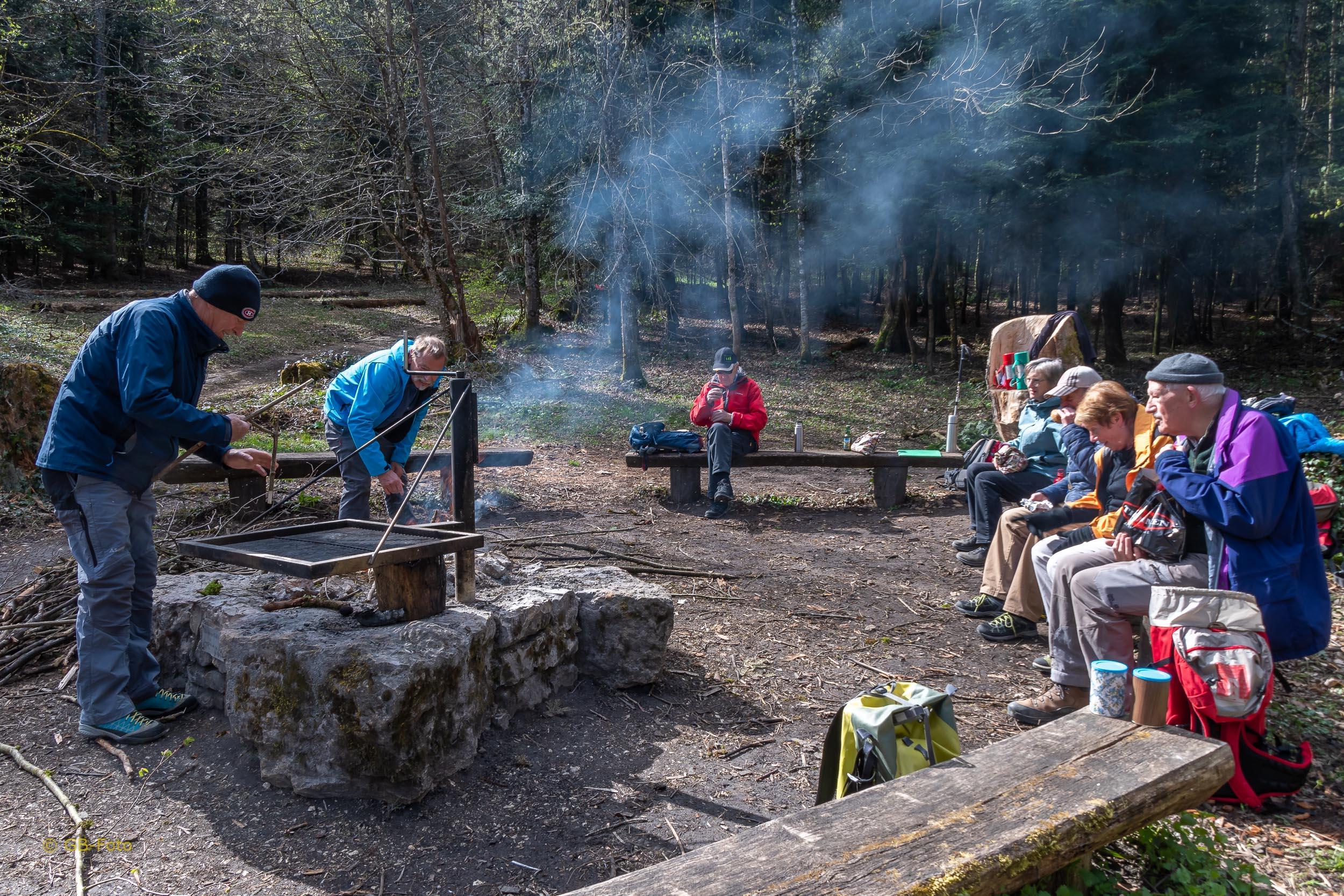 Seniorenwanderung Metzerlen - Ettingen 08.04.2021