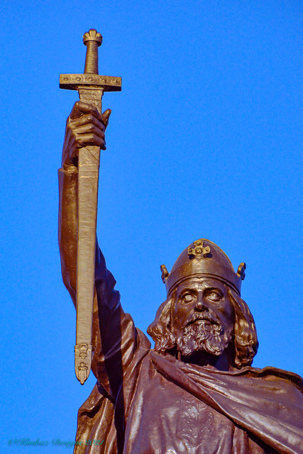 Winchester - Statue Of King Alfred The Great