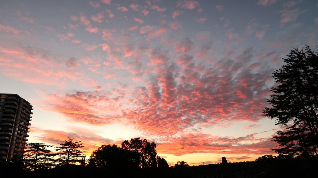 Cloud sunset over Sydney
