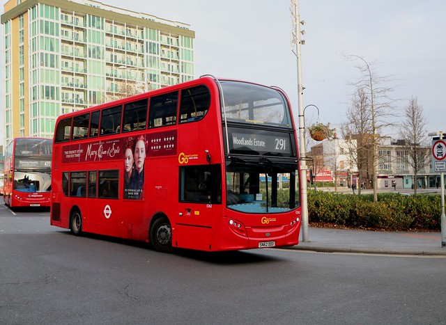 Go Ahead London Central - E262 - SN62DDO