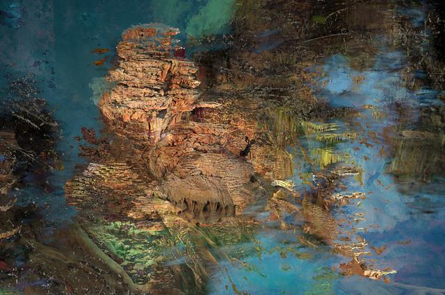 In the troglodyte archipelagos  -  Dans les archipels troglodytes