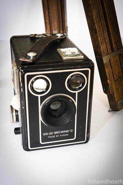 Kodak Brownie. Zeiss tripod