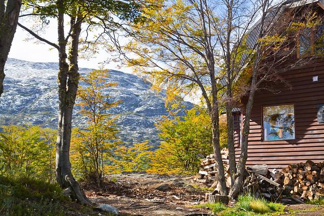 Cabaña cerca del Lago Fagnano. Tierra del Fuego, Argentina.