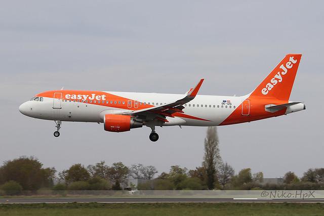 Airbus A320-214 easyJet Europe OE-IZG