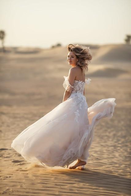 The Bride In The Desert 4