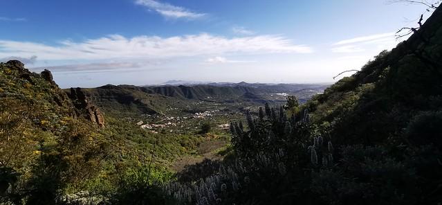 vista de Las Palmas desde Barranco la Pasadera Reserva Natural Especial de los Marteles abril 2021 Gran Canaria  08